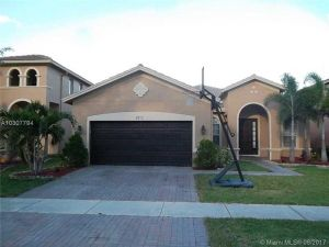 3972 Cascade Ter. Weston, Florida - Hometaurus