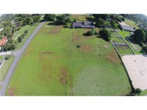 7 NW St. Plantation, Florida - Hometaurus