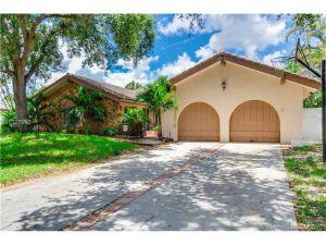 8175 NW 3rd Pl. Coral Springs, Florida - Hometaurus
