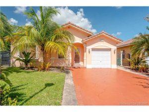 13948 NW 88th Ct. Miami Lakes, Florida - Hometaurus