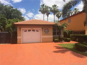 19651 NW 82nd Ct. Hialeah, Florida - Hometaurus