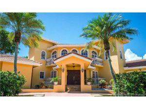 7770 SW 160th St. Palmetto Bay, Florida - Hometaurus