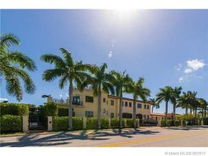 10031 W Broadview Dr. Bay Harbor Islands, Florida - Hometaurus