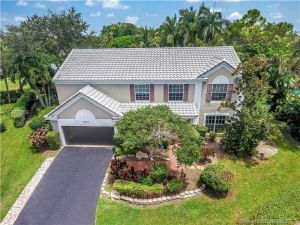 3915 Wild Lime Ln. Coral Springs, Florida - Hometaurus