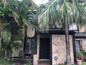 9204 NW 49th Place. Sunrise, Florida - Hometaurus