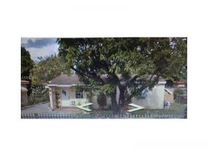 775 E 5th St. Hialeah, Florida - Hometaurus