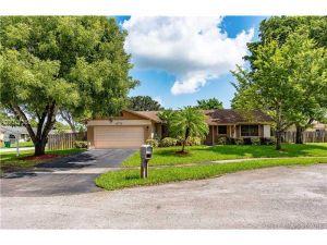 11773 SW 53rd St. Cooper City, Florida - Hometaurus