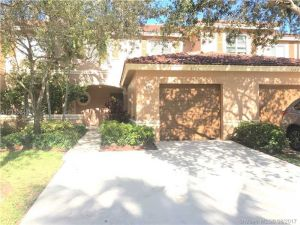 5104 Crossing Rocks Ct. West Palm Beach, Florida - Hometaurus