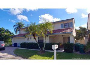 2540 Bass Way. Cooper City, Florida - Hometaurus