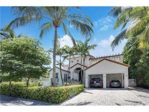 340 W Enid Dr.. Key Biscayne, Florida - Hometaurus