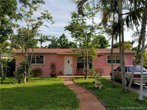 6610 NW 41st St. Virginia Gardens, Florida - Hometaurus