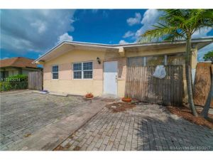 227 E 49th St. Hialeah, Florida - Hometaurus