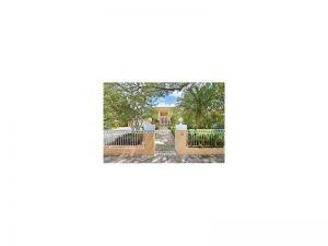 1251 Castile Ave. Coral Gables, Florida - Hometaurus