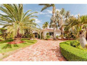 565 Fairway Dr. Miami Beach, Florida - Hometaurus