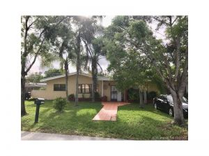 14600 SW 87th Ct. Palmetto Bay, Florida - Hometaurus