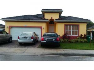 13662 SW 254th St. Homestead, Florida - Hometaurus