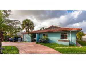 9031 SW 10th Ter. Miami, Florida - Hometaurus