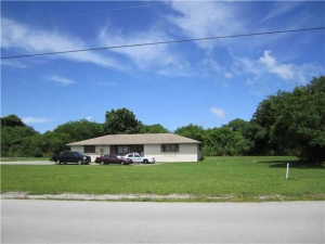 24101 SW 117 Av. Homestead, Florida - Hometaurus