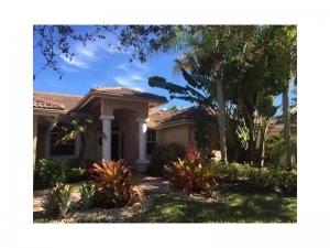3744 Oak Ridge Cir. Weston, Florida - Hometaurus