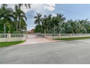 5301 SW 190 Av. Southwest Ranches, Florida - Hometaurus