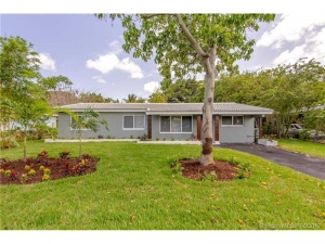 140 NW 35th Ct. Oakland Park, Florida - Hometaurus