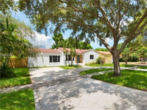 67 NW 92nd St. Miami Shores, Florida - Hometaurus