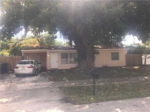 1560 SW 64th Ave. North Lauderdale, Florida - Hometaurus