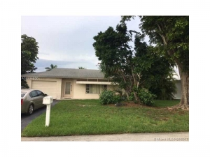 9417 NW 70th Pl. Tamarac, Florida - Hometaurus