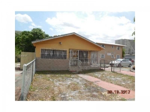 128 E 4th St. Hialeah, Florida - Hometaurus