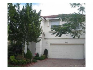 4965 SW 159th Ave. Miramar, Florida - Hometaurus