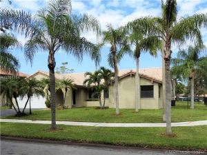 5751 Hawkes Bluff Ave. Davie, Florida - Hometaurus