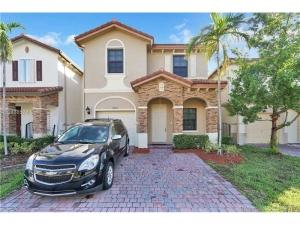 22753 SW 88th Path. Cutler Bay, Florida - Hometaurus