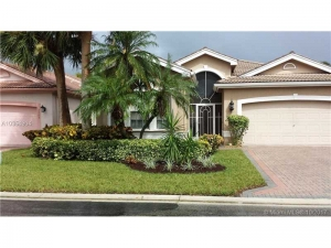 7697 Las Cruces Court. Delray Beach, Florida - Hometaurus