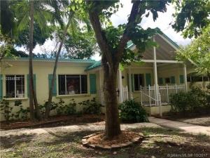 6116 SW 45th St. Miami, Florida - Hometaurus