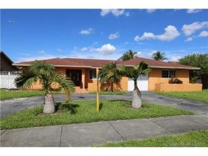 13311 SW 1st St. Miami, Florida - Hometaurus