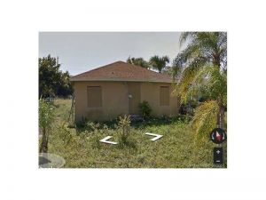 1617 W 34th St. Riviera Beach, Florida - Hometaurus