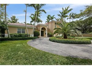 9587 SW 67th Ct. Pinecrest, Florida - Hometaurus