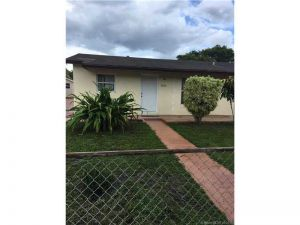 20431 NW 46th Ave. Miami Gardens, Florida - Hometaurus