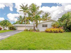6251 SW 1st St. Plantation, Florida - Hometaurus