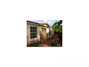 18866 NW 63rd Ct Cir. Hialeah, Florida - Hometaurus