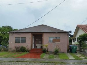 3344 NW 19th St. Miami, Florida - Hometaurus