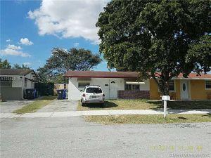 1903 SW 66th Ave. North Lauderdale, Florida - Hometaurus