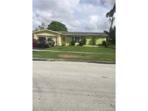1580 NW 66th Ave. Margate, Florida - Hometaurus