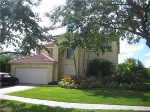 4129 Pinewood Ln. Weston, Florida - Hometaurus