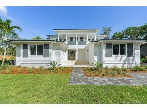 9121 SW 69 Ct. Pinecrest, Florida - Hometaurus