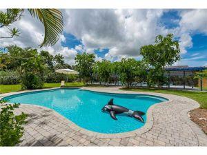 22421 SW 184 Av. Miami, Florida