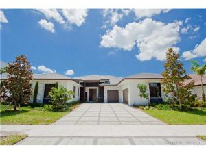 19074 Park Ridge St.. Weston, Florida - Hometaurus