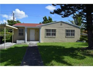 857 NE 159th St. North Miami Beach, Florida - Hometaurus