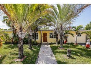 8830 Caribbean Blvd. Cutler Bay, Florida - Hometaurus