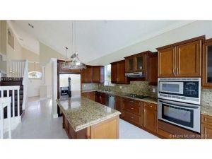 1501 NW 159th Ave. Pembroke Pines, Florida - Hometaurus